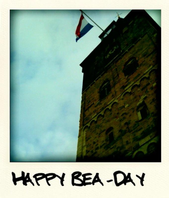 gefeliciteerd majesteit Bea Day | Enschede a/zee gefeliciteerd majesteit