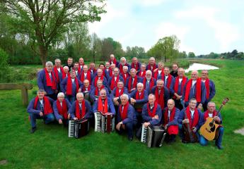 Rtvhellendoorn die regghe sangers te gast in for Avondvierdaagse nijverdal